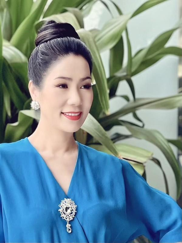 Dong thai hiem hoi cua Phuong Loan ke tu khi Chi Tai qua doi-Hinh-11