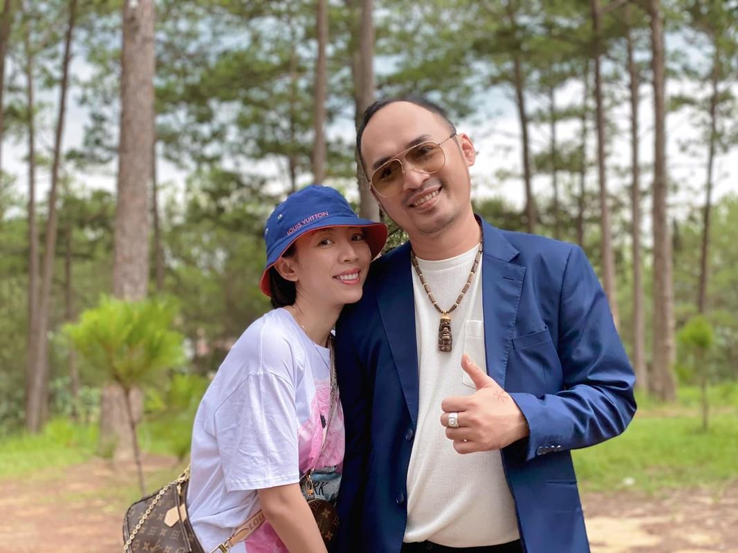Sot anh nghe si Pham Cuong than thiet ben Thu Ha, Van Dung-Hinh-4