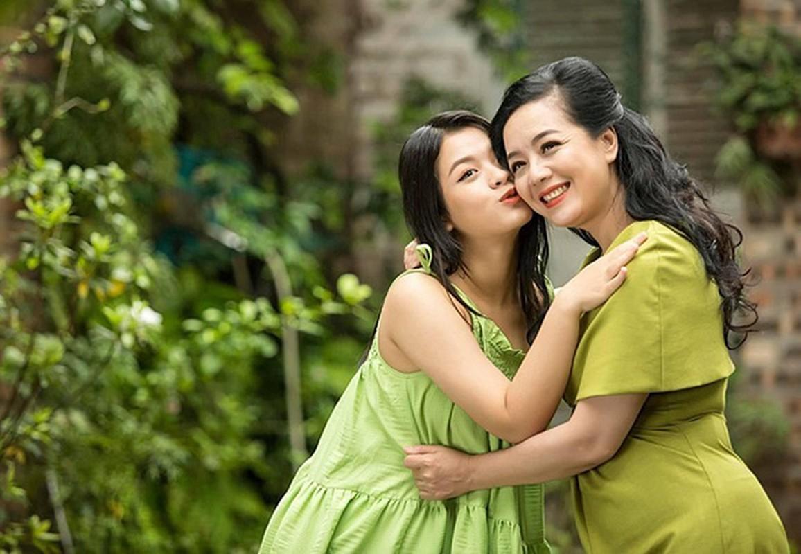 Thanh Lam hanh phuc binh yen ben ban trai bac si-Hinh-5