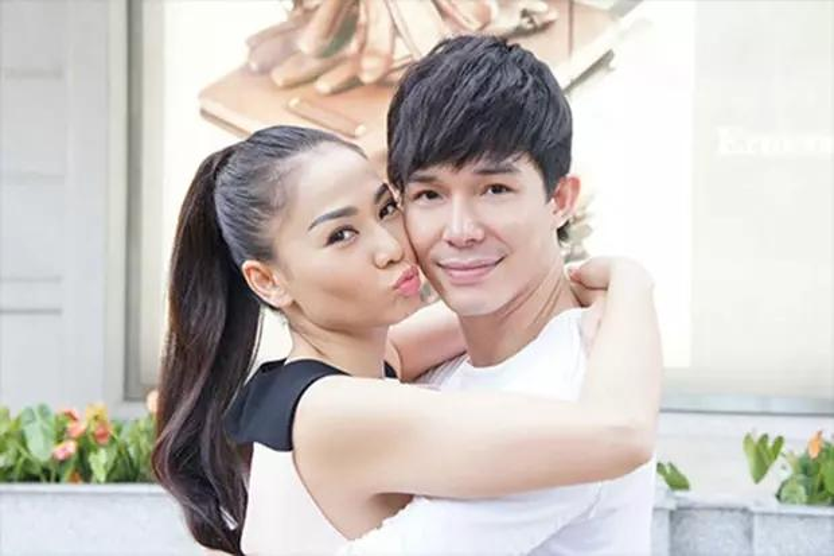 Thu Minh song the nao khi lien tuc bi keo vao drama Nathan Lee?
