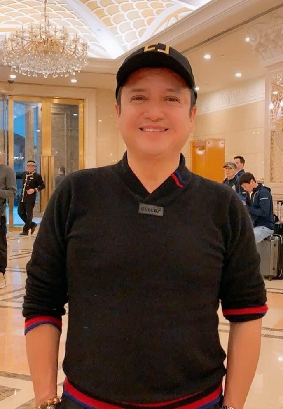 Hong Dang gay ngo ngang voi mai toc xoan la lam-Hinh-9