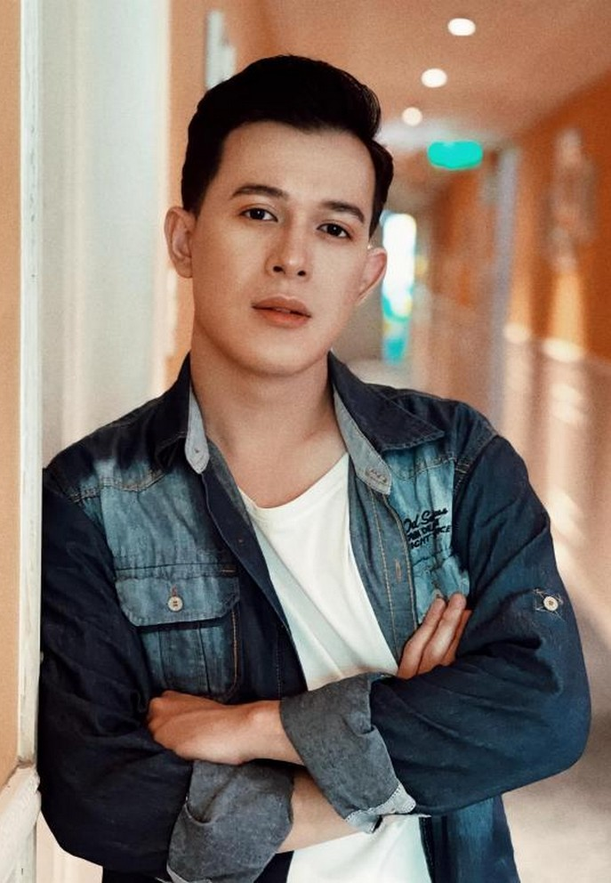 Hai con gai MC Quyen Linh xinh dep, cao vuot bo me-Hinh-13