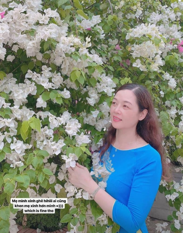 Me de Hoa hau Luong Thuy Linh: Nhan sac va dia vi dang ne