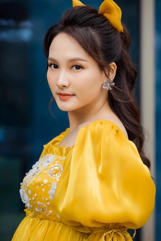 2 ong chong vua giau lai chieu vo cua Bao Thanh, La Thanh Huyen