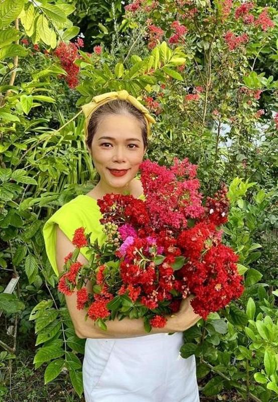 Hong Van ben ong xa Le Tuan Anh va 2 con sau on ao-Hinh-9