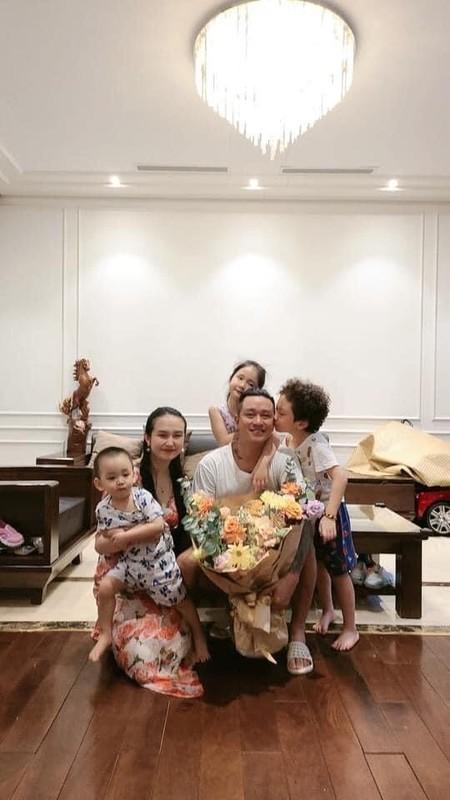 Manh Truong khoe anh hanh phuc mung sinh nhat vo-Hinh-7