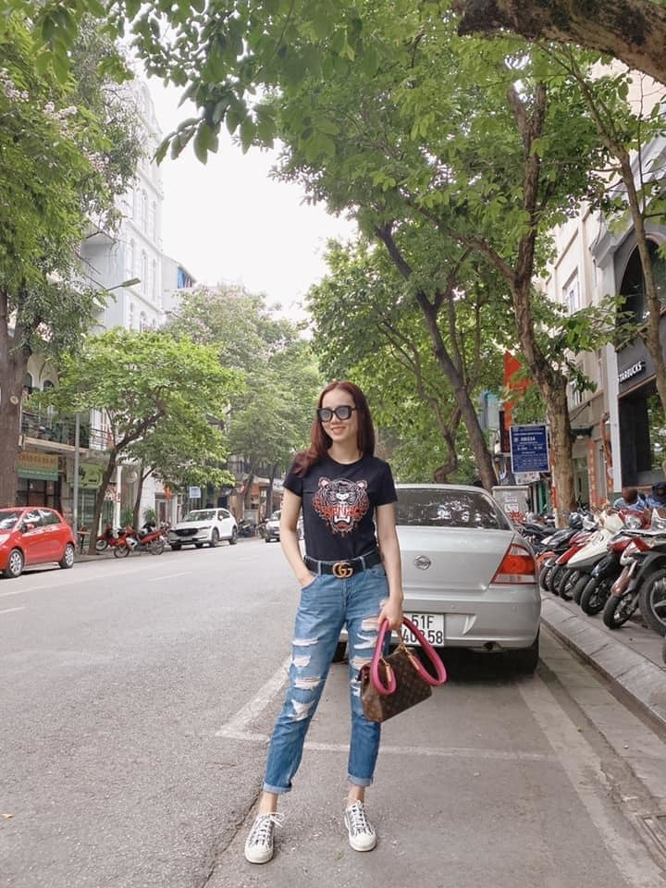 Ly Hung ben Ly Huong nhung ngay Sai Gon gian cach-Hinh-11