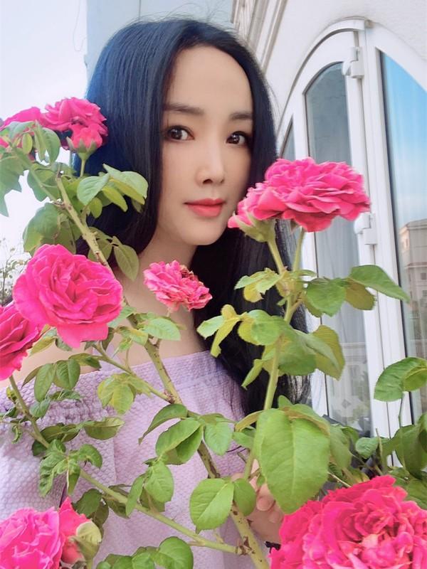 Ly Hung ben Ly Huong nhung ngay Sai Gon gian cach-Hinh-2