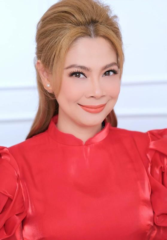 Ca si Thanh Thao xinh dep goi cam o tuoi 44