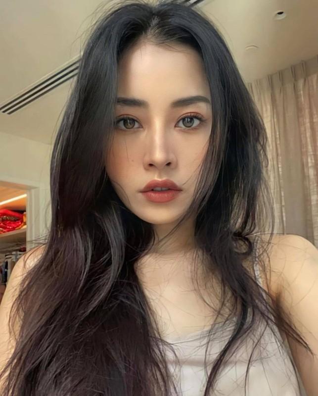 Ly Hung, Viet Anh khoe than hinh co bap nho tap luyen-Hinh-11