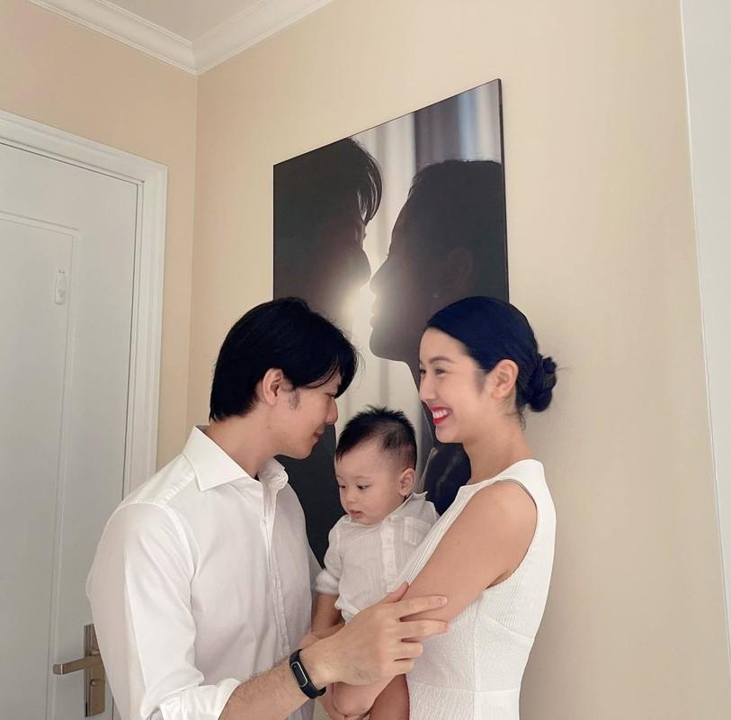 Ly Hung, Viet Anh khoe than hinh co bap nho tap luyen-Hinh-12