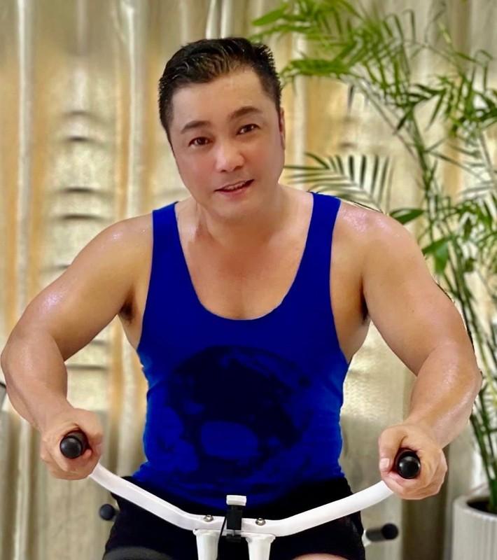 Ly Hung, Viet Anh khoe than hinh co bap nho tap luyen-Hinh-7