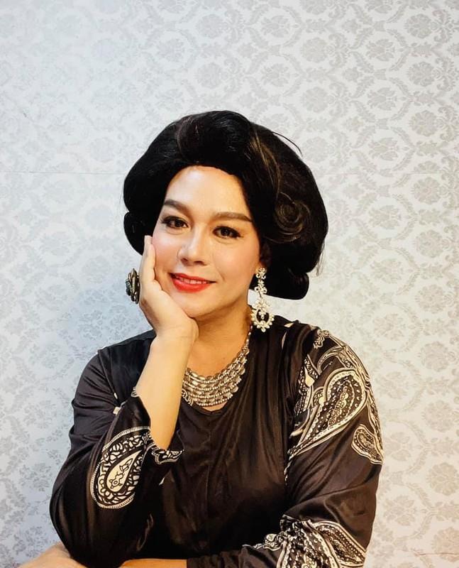 Vo Hoai Nam dang anh tinh tu ben vo kem 12 tuoi-Hinh-12
