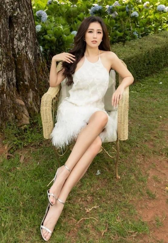 Sac voc Hoa hau Mai Phuong Thuy o tuoi 33