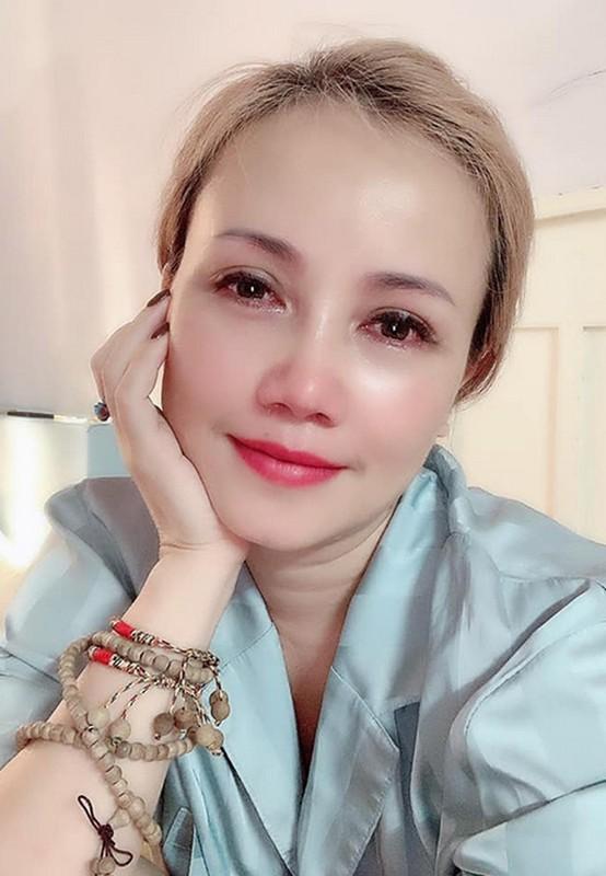 Ly Hung phong do, vui voi cuoc song doc than o tuoi 52-Hinh-13