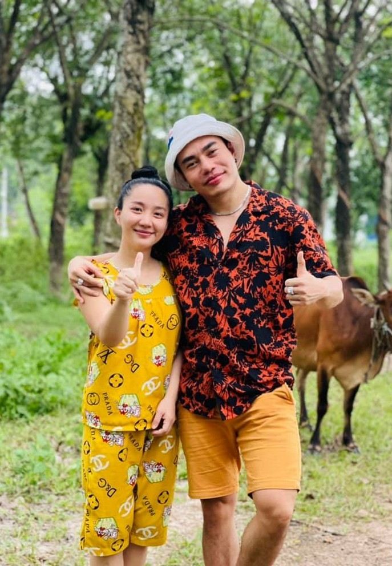 Ly Hung phong do, vui voi cuoc song doc than o tuoi 52-Hinh-5