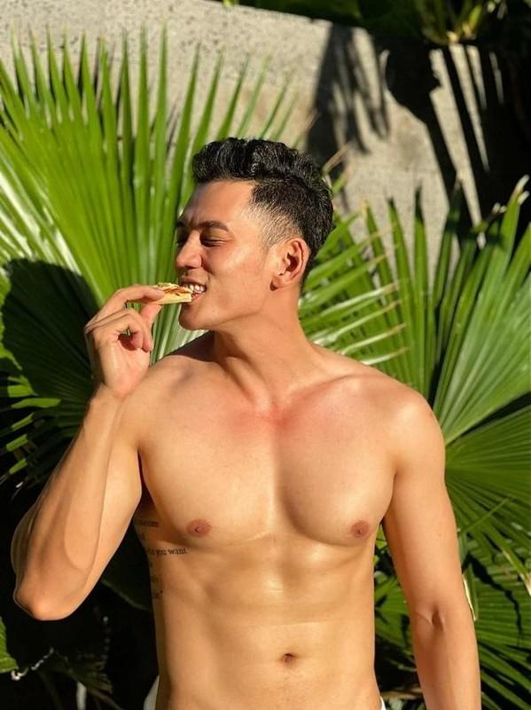 "Chong kem 3 tuoi cua Phuong Trinh Jolie so huu body ""mlem""-Hinh-3"