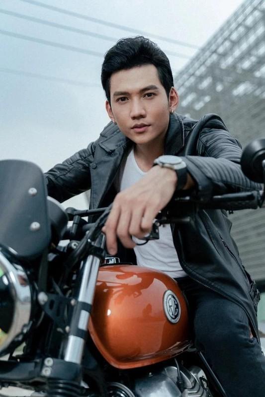 "Chong kem 3 tuoi cua Phuong Trinh Jolie so huu body ""mlem""-Hinh-4"