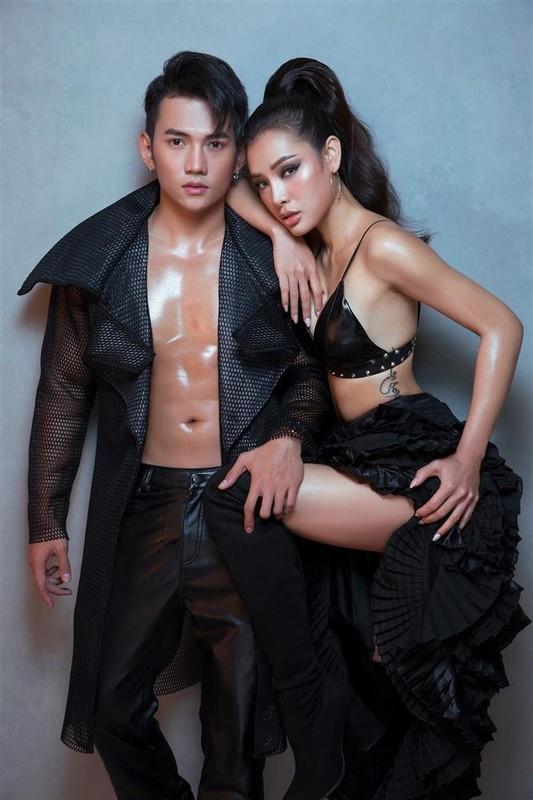 "Chong kem 3 tuoi cua Phuong Trinh Jolie so huu body ""mlem""-Hinh-8"