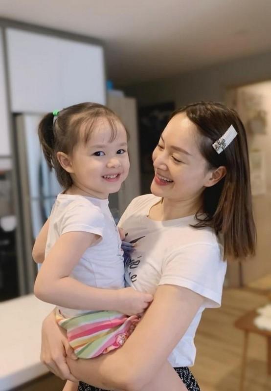 MC Thao Van tre trung don tuoi 51-Hinh-11