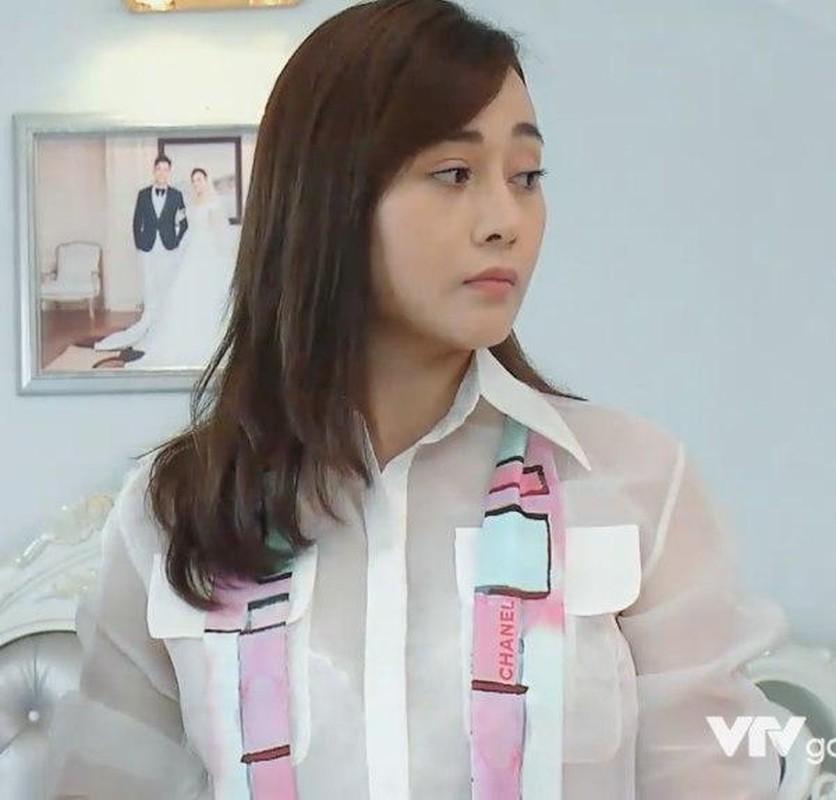 Do hieu Phuong Oanh mac trong phim toan hang re beo Quang Chau?-Hinh-4