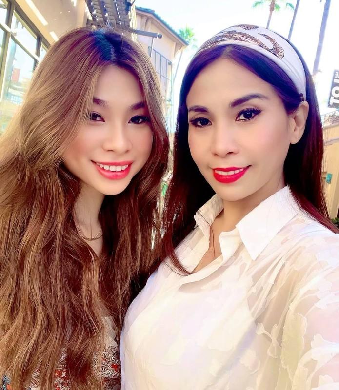MC Mai Ngoc, Le Quyen voc dang nong bong-Hinh-9