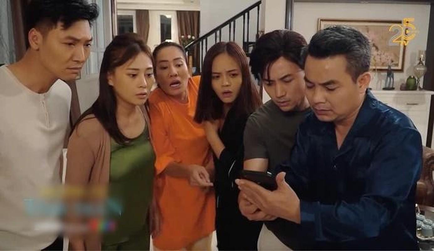 Dien do lua: Phuong Oanh nguc chay xe, Truong Ngoc Anh nhu bau-Hinh-3