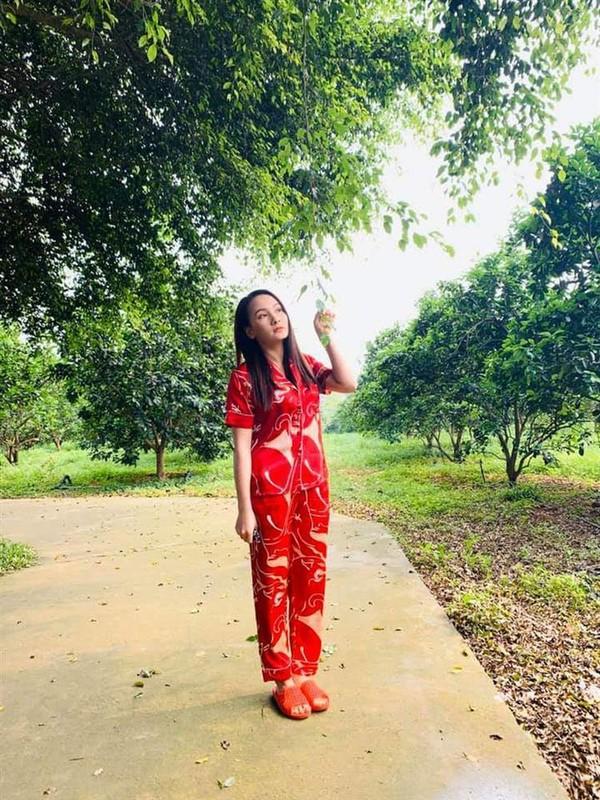 "Phuong Oanh ""hit khoi"" nhieu my nhan Viet khi mac do ngu lua-Hinh-18"