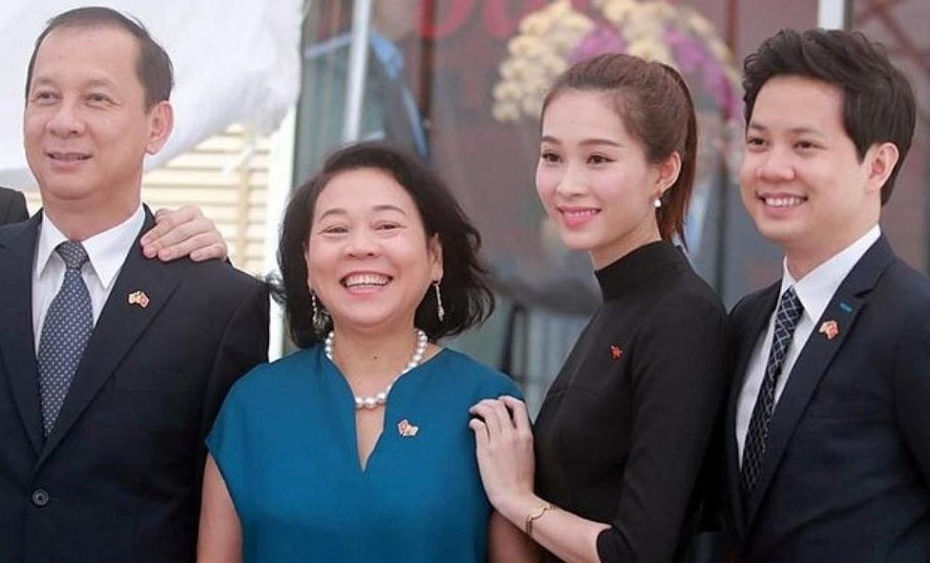 Me chong cua dan my nhan Viet dep sac sao, quyen luc-Hinh-7