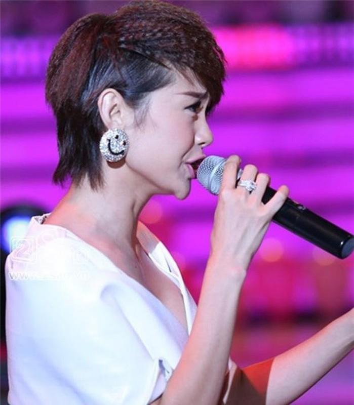 "Minh Hang bi ""khui"" clip thoi den dua, rang thua 15 nam truoc-Hinh-12"