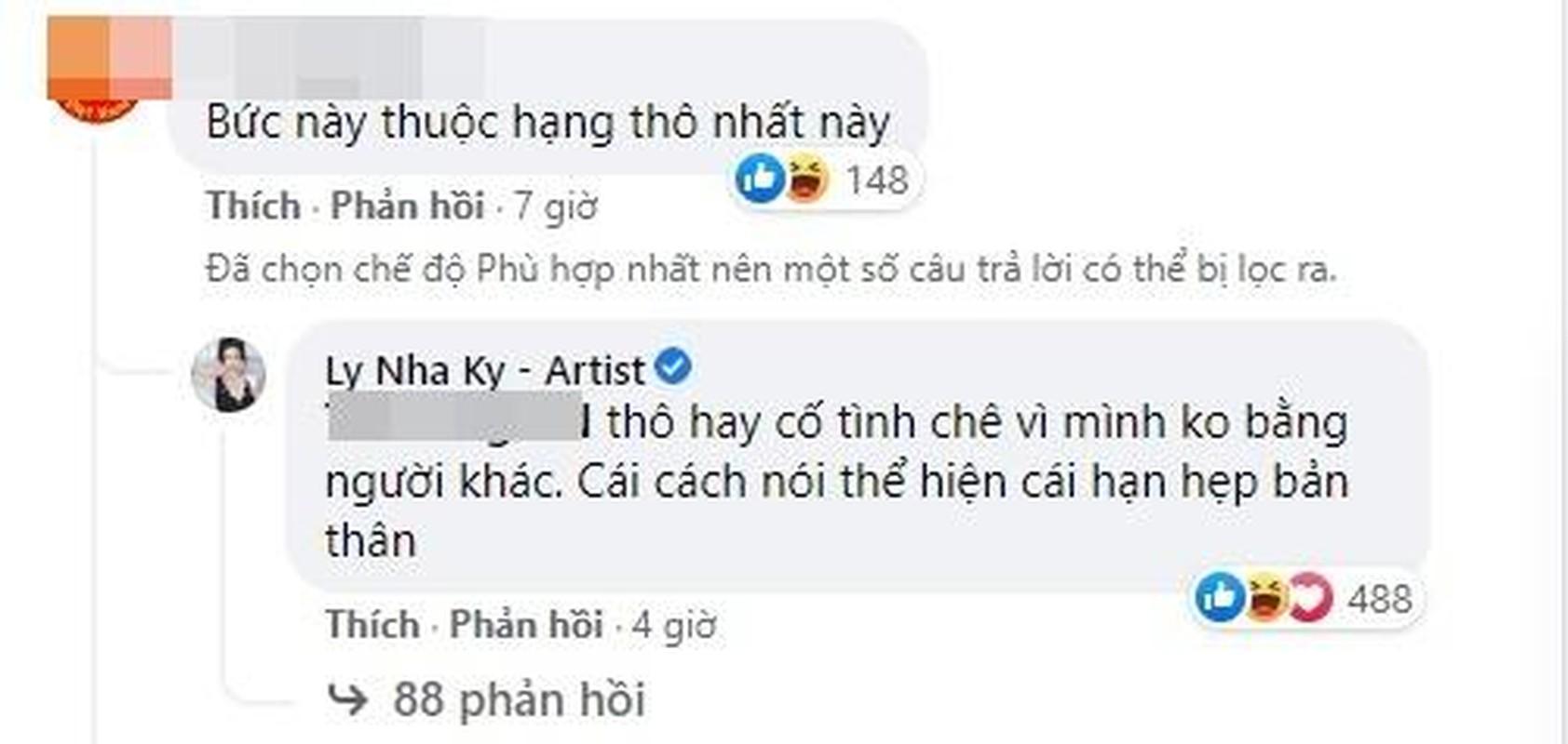 Ly Nha Ky dop chat khi khoe anh goi cam bi noi