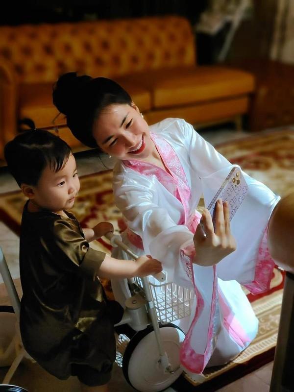 Con trai Hoa Minzy chuan