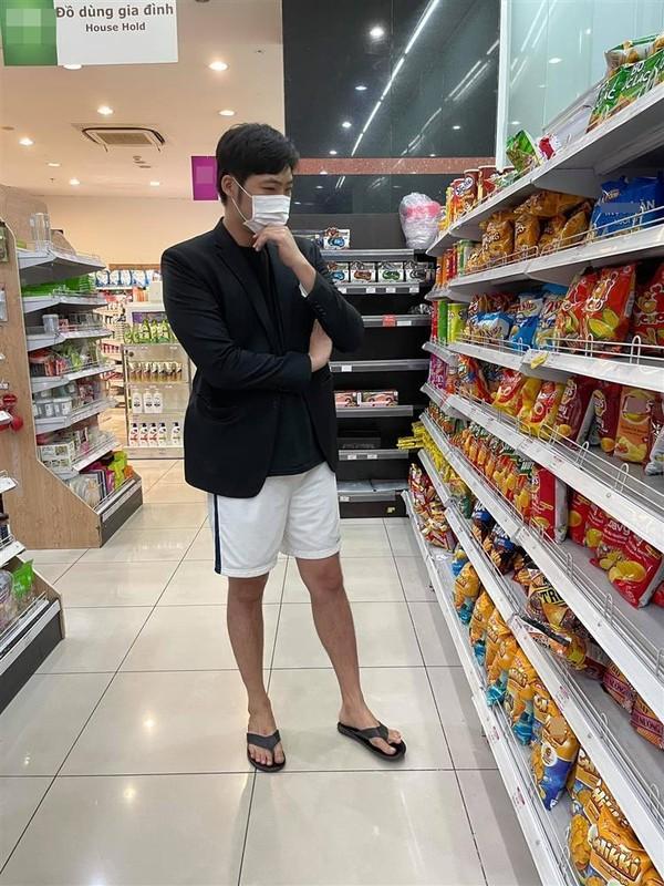 Pha Le cuoi xiu khi chong gap su co nhay day tut quan-Hinh-5