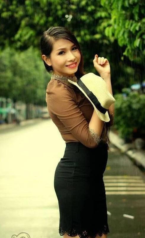 """Kha Nhu khoe anh """"ao tung chao"""": Bi soi lo noi y, """"ran bung""""-Hinh-6"""