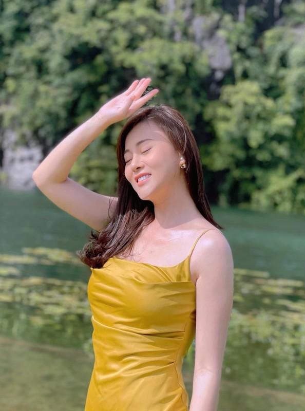 Kim Ly khoe anh gia dinh hanh phuc mung sinh nhat me vo-Hinh-4