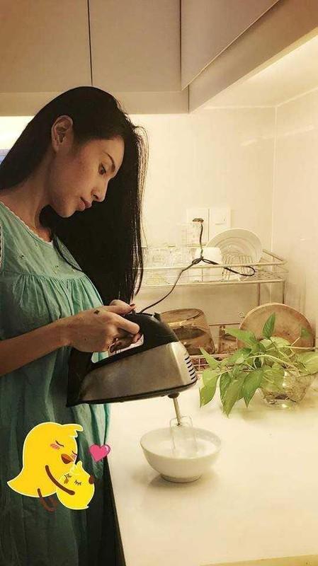 Thuy Tien bung lum lum nghi mang thai: Luc phu nhan, khi lang im-Hinh-6