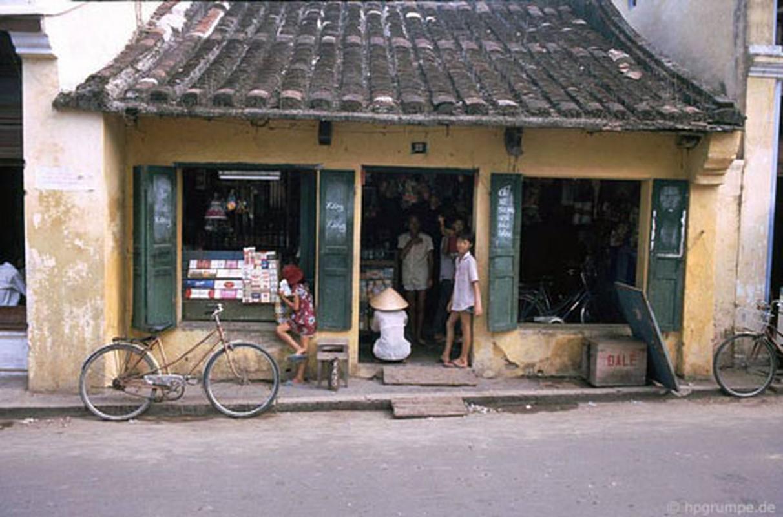 Pho co Hoi An nhung nam 90 dep nguyen ban qua ong kinh nguoi Duc-Hinh-4