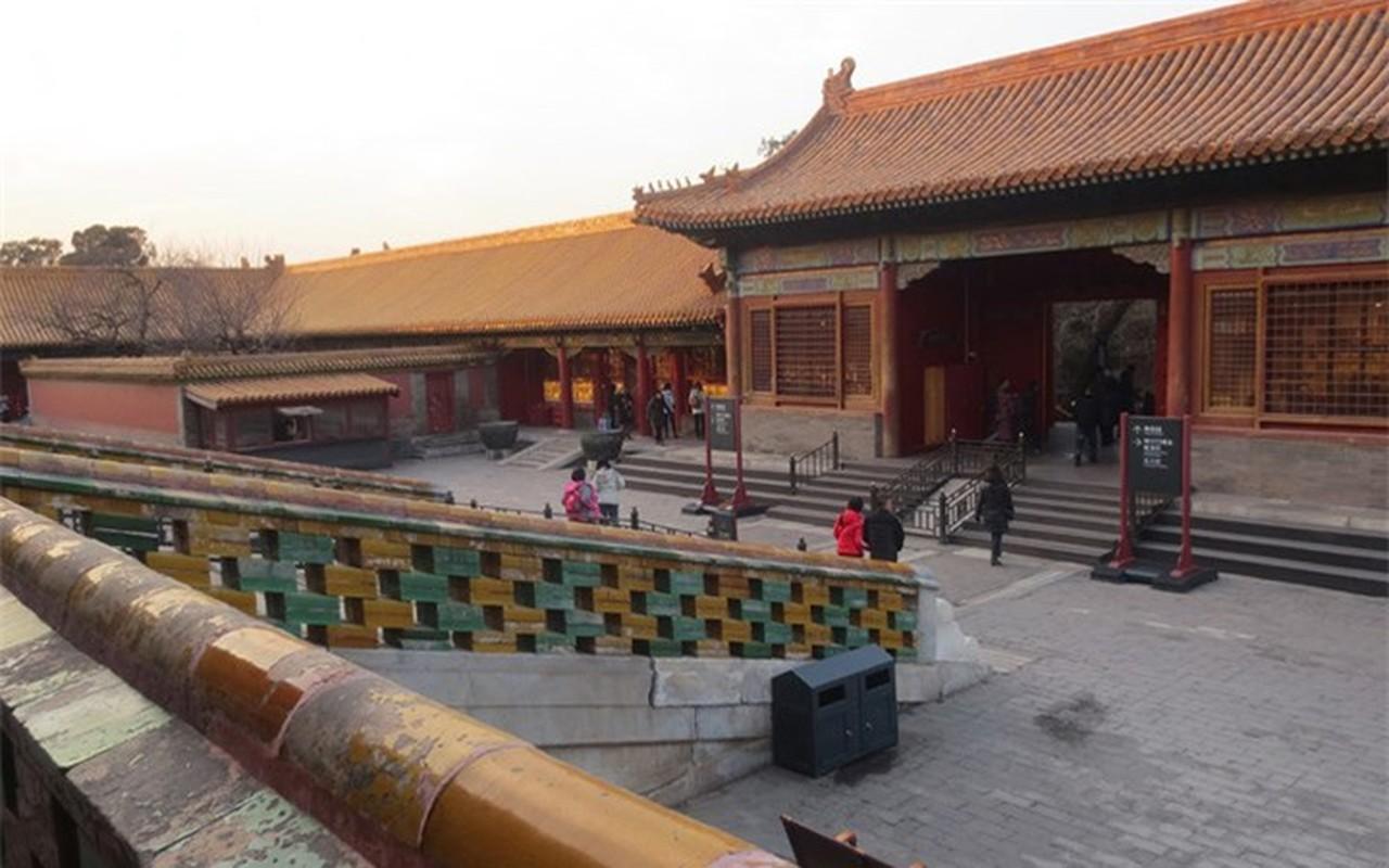 Tan muc chon phong the bi an cua Hoang de trong Tu Cam Thanh-Hinh-10