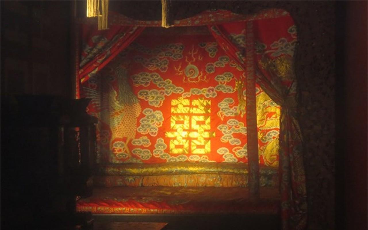 Tan muc chon phong the bi an cua Hoang de trong Tu Cam Thanh-Hinh-5