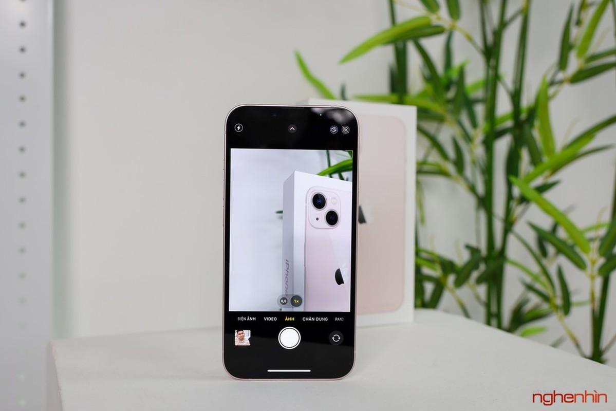 Tren tay iPhone 13 mau Hong nu tinh dang hot nhat coi mang-Hinh-6
