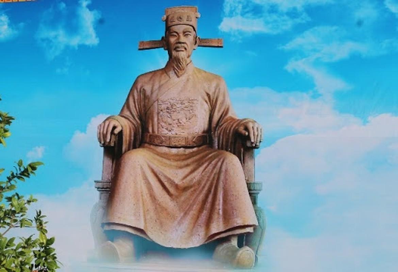 Danh tuong Viet nao duoc nguoi dan suy ton la