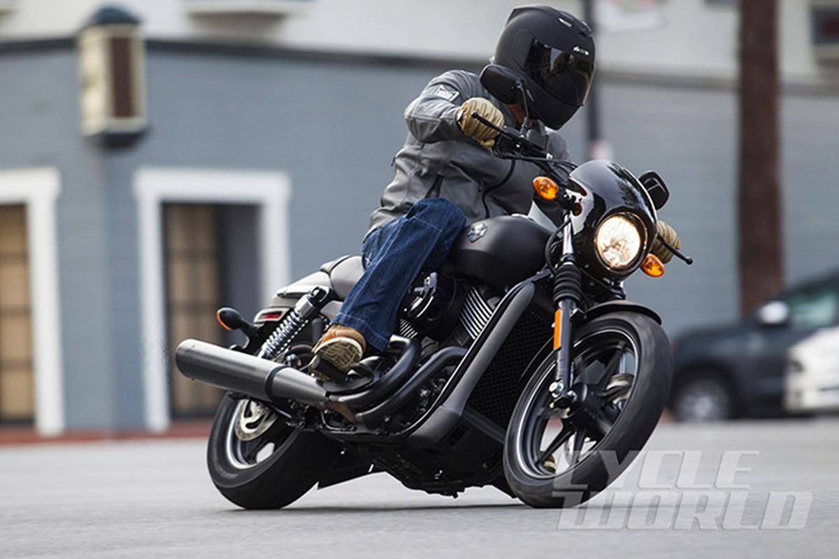 Moto Harley-Davidson Street 750 co gia 300 trieu dong tai VN