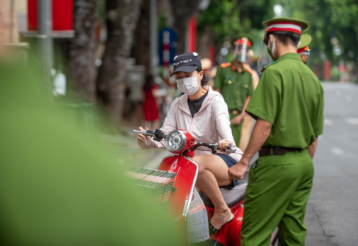 Xu phat cac truong hop ra duong khong ly do vao ngay 2/9-Hinh-2