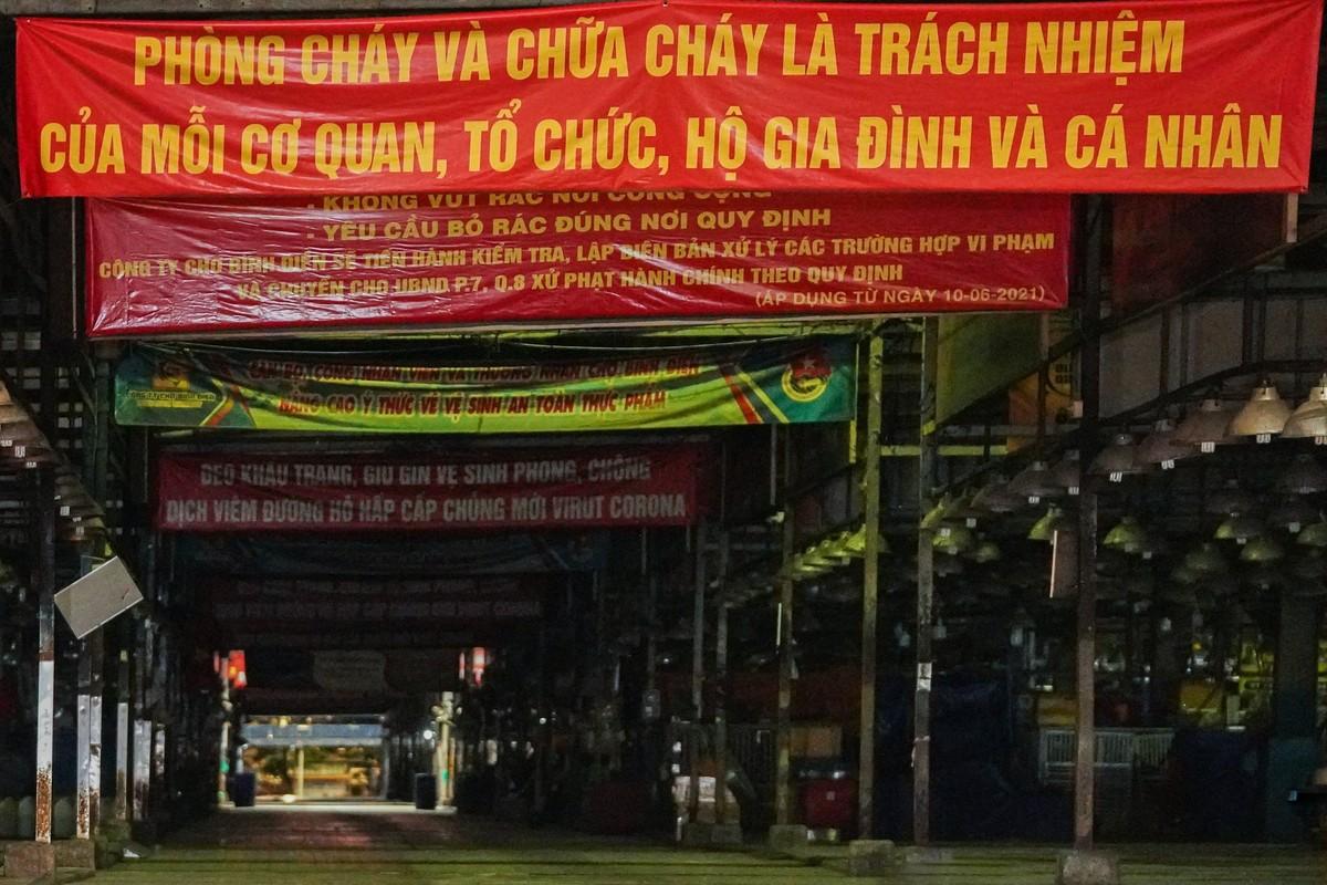 Bi thu TP HCM thi sat cho dau moi Binh Dien-Hinh-12