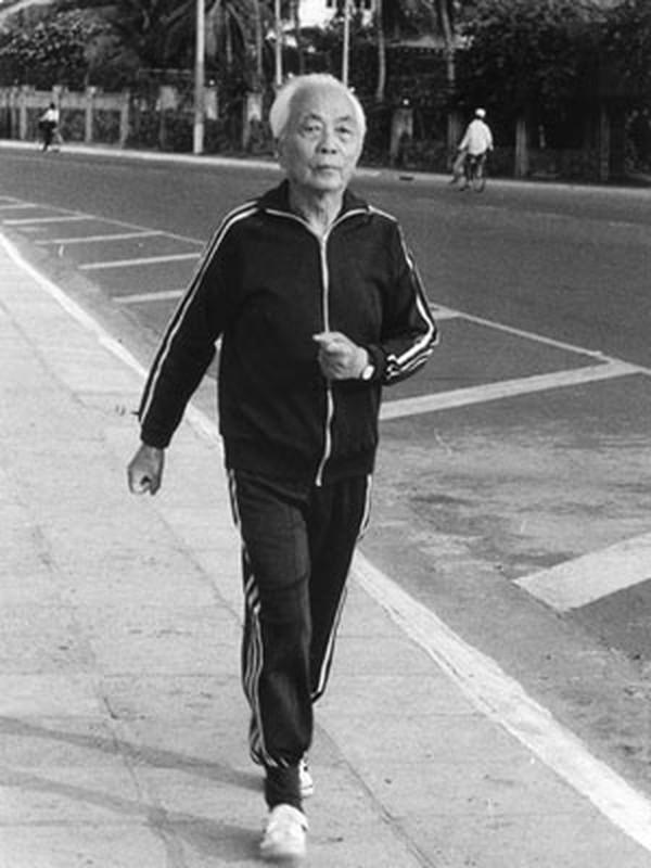 Anh xuc dong ve doi thuong cua Dai tuong Vo Nguyen Giap-Hinh-14
