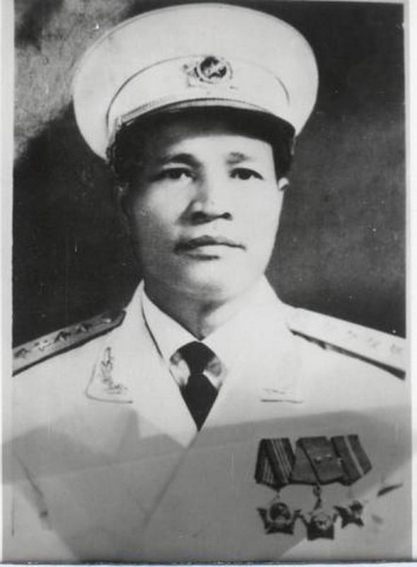Chan dung 14 Dai tuong trong Quan doi Nhan dan Viet Nam-Hinh-2