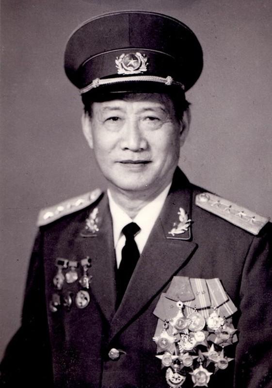 Chan dung 14 Dai tuong trong Quan doi Nhan dan Viet Nam-Hinh-4