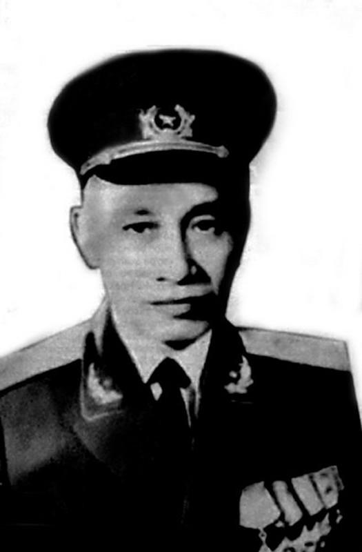 Chan dung 14 Dai tuong trong Quan doi Nhan dan Viet Nam-Hinh-6