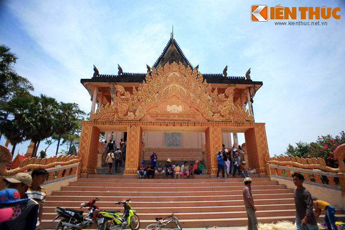 Dieu dac biet o ngoi chua Khmer dac sac nhat Nam Bo-Hinh-20