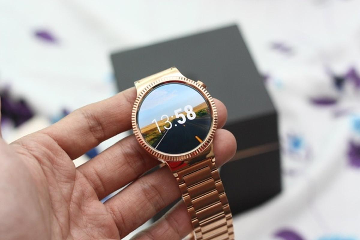 Mo hop dong ho Huawei Watch, gia 25 trieu dong tai Viet Nam-Hinh-12
